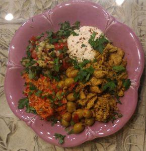 Hähnchen-Schawarma, Ajvar-Reis und Harissa-Oliven