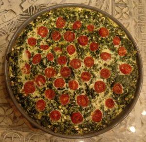 Quiche mit Spinat, Ziegenkäse und Kirschtomaten