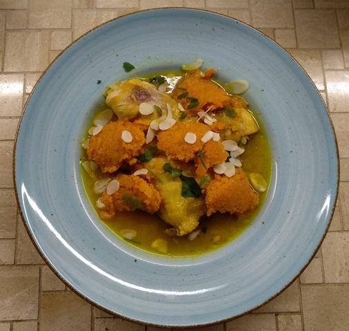 M'qualli-Hähnchen mit Möhrennocken